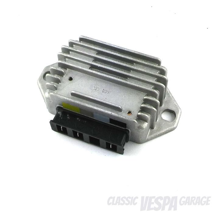 Spannungsregler 3-Pin Vespa