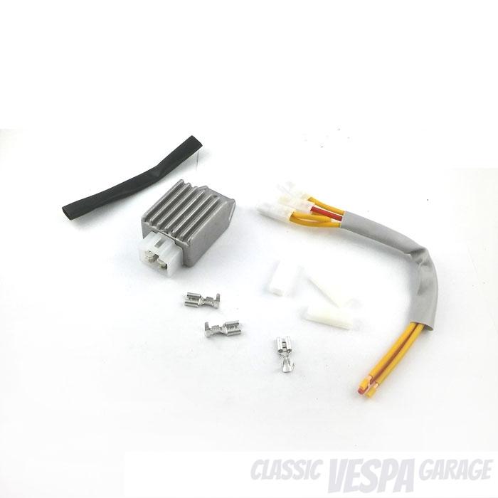 Kompakter Spannungsregler 12V Vespa